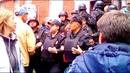 Спецназ ФСПП штурмует общежитие на Ставропольской улице в Москве