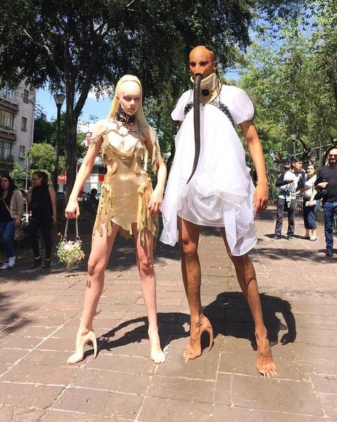 Ужасающая обувь из «человеческой кожи» от канадского модного бренда
