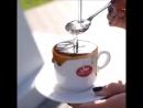 При приготовлении кофе с сиропом необходимо учитывать что сиропы имеют собственный ярко выраженный вкус Поэтому важно соблюдат
