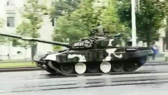 Беларусь Минск Танк въехал в столб ДТП с танком редкое зрелище