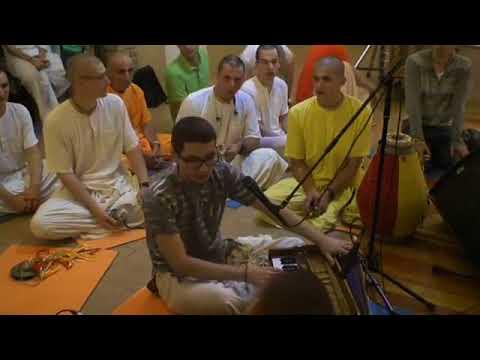 10.07.2018, evening kirtan by HH BB Govinda Swami, Moscow