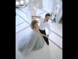 Чуттєвий вальс у виконанні Оксани Марченко та Дмитра Чапліна в шоу