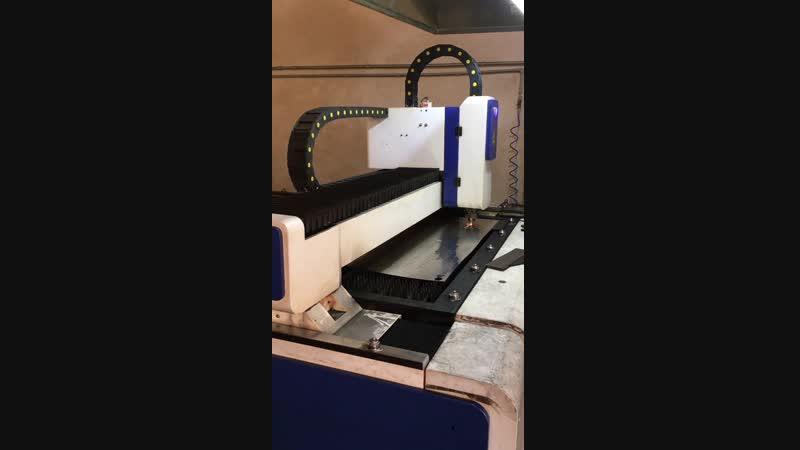 Laser cutting metal machine
