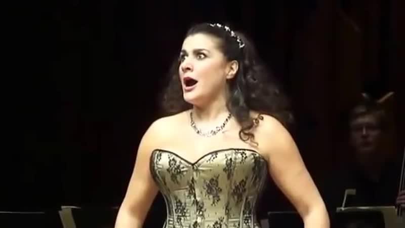 Сесилия Бартоли и ее невероятный голос.