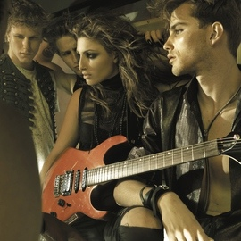 Helena Paparizou альбом Porta Gia Ton Ourano