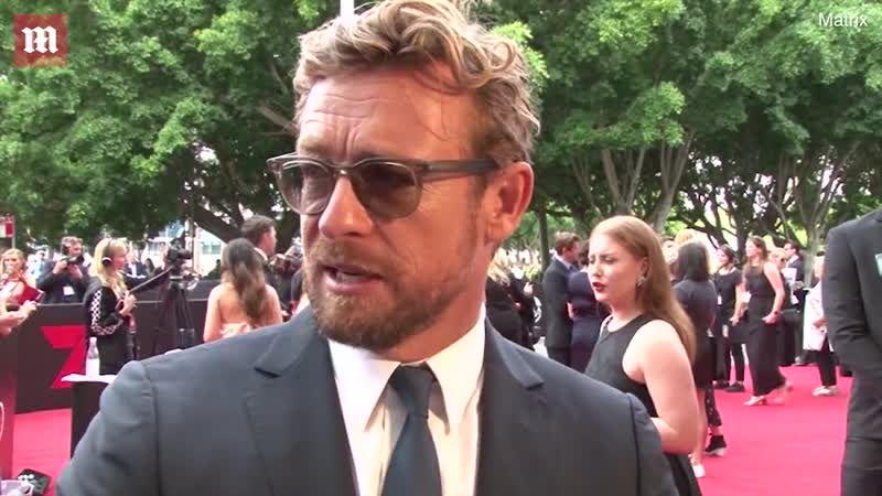 Simon Baker speaks on the red carpet of the 2018 AACTA Awards