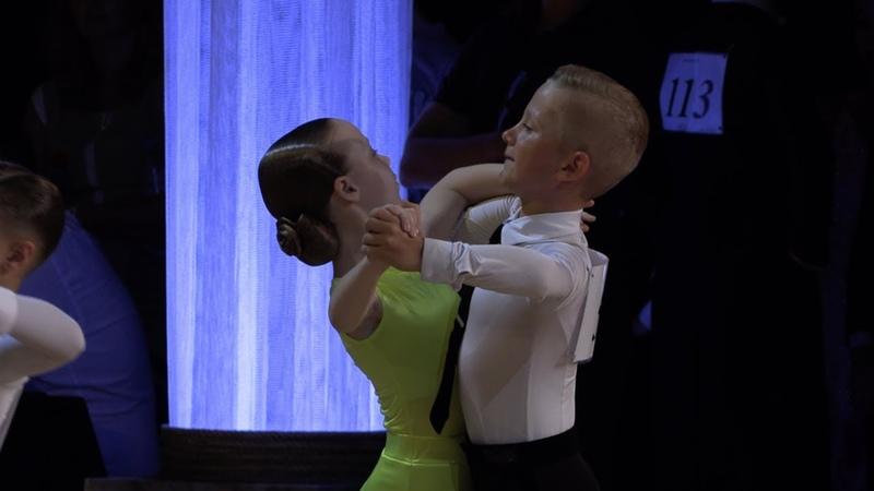 Воинков Александр - Смолина Екатерина, Viennese Waltz | Дети-1 Европейская программа