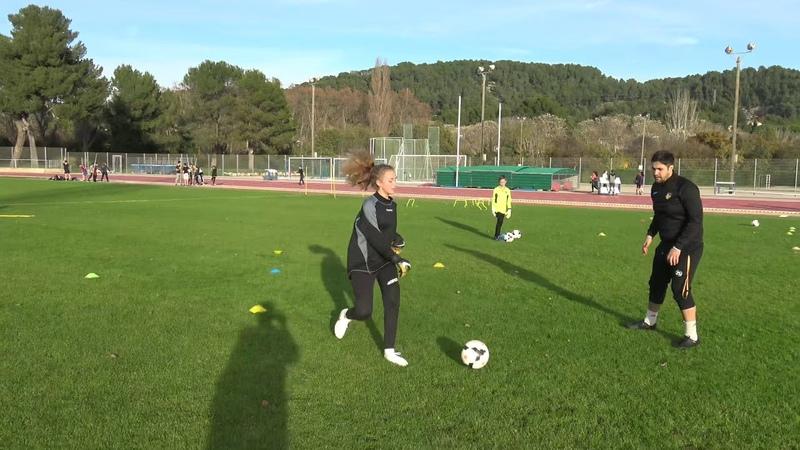 Football, entrainement et exercices gardiens de but, u13, au PAFC avec Medhi Armando