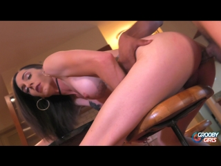 Melanie brooks - gets her ass pounded! [2018 г., shemale, hardcore, 1080p]