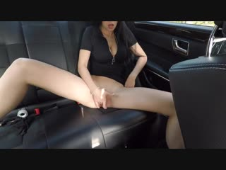 HOT GIRL MASTURBATING ON BACK SEAT OF THE CAR AND WASNT CAUGHT - MINI DIVA Massage Young Dildo bbc Public Amateur boobs slut spe