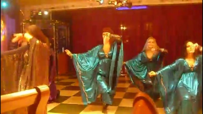 Танец живота стиль 'Халиджи' выступление 05.12.2010.mp4