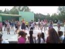 танец тролли