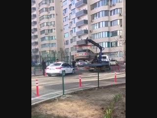 Эвакуация авто в ЖК