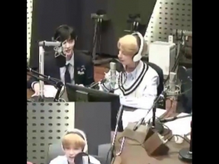 180918 power up radio - renjun yelling unnecessarily, and then saying hello in the softest