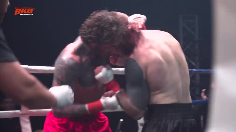 JONNY LAWSON VS MARC NAVARRO BKB14 PRO BARE KNUCKLE BOXING O2 ARENA EXCLUSIVE