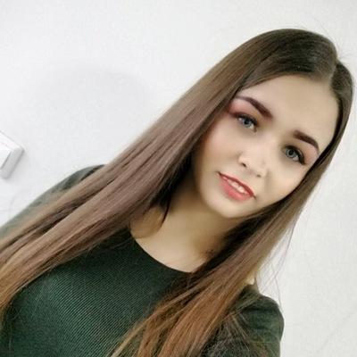 Евгения Рогова