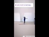 Синхронная акробатика от спортсменов клуба Шторм по чирлидингу