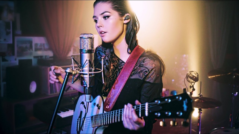 Elise Trouw - Burn - Live Looping Video