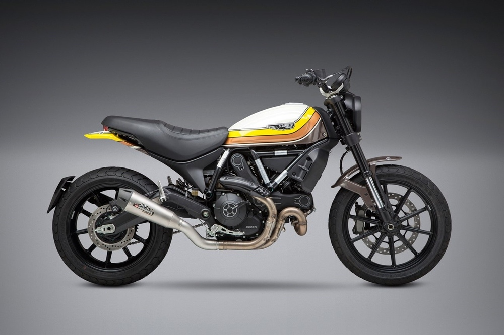 Мотоцикл Ducati Scrambler с глушителем Yoshimura