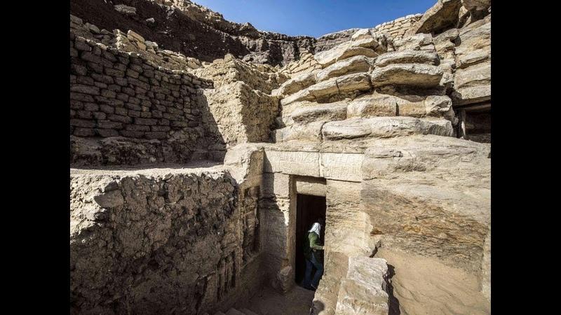 Загляните первыми внутрь нетронутой древней гробницы в Египте возрастом 4400 лет Фото Видео