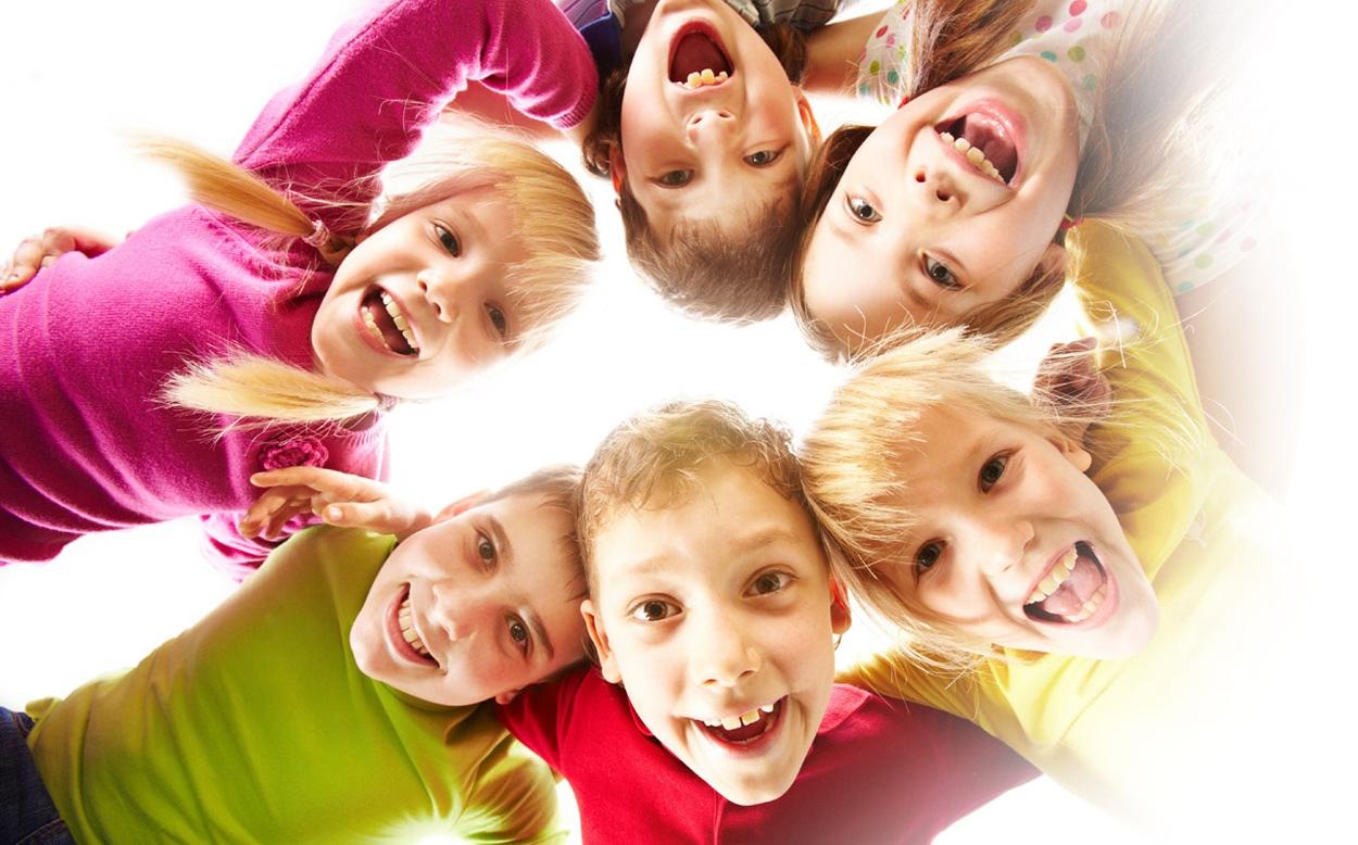 Веселые детские рисунки и фото
