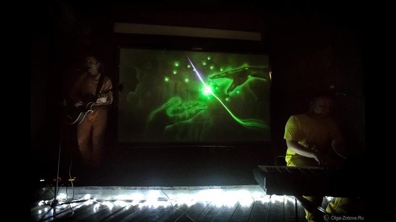 Кинофактура. Особенный концерт. Сочетание живой музыки, вокала и светографики.