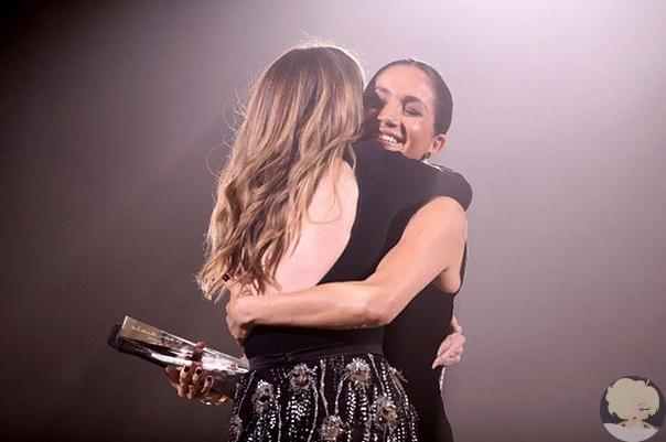 Беременная Меган Маркл удивила гостей Fashion Awards — 2018 в Лондоне.