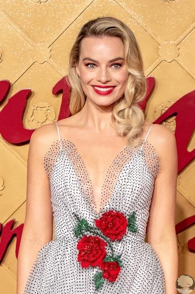 28-летнюю актрису Марго Робби утвердили на роль культовой куклы Барби.