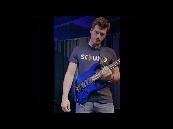Kıvanç, çok ses getiren Mavi gitarını sana hediye ediyor!