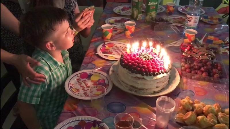 День Рождения - Праздничный торт