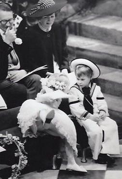 Принц Уильям на свадьбе дядюшки Эндрю