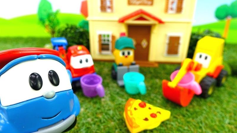 Истории игрушек в видео для детей. Машинки строят дом