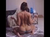 ВПИСКА - Спортивная самка,демонстрирует свою сочную попку