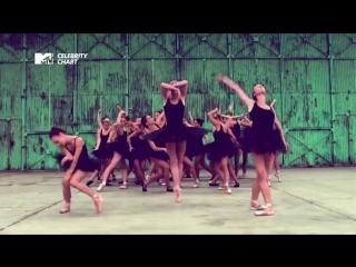 #MTVRU Kanye West feat. Pusha T - Runaway