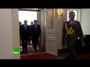 Путин прибывает в Президентский дворец в Хельсинки на встречу с Трампом