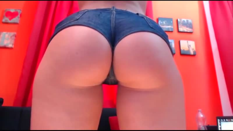 Давалка показывает идеальную попку [Hot ass sex girl] (1)