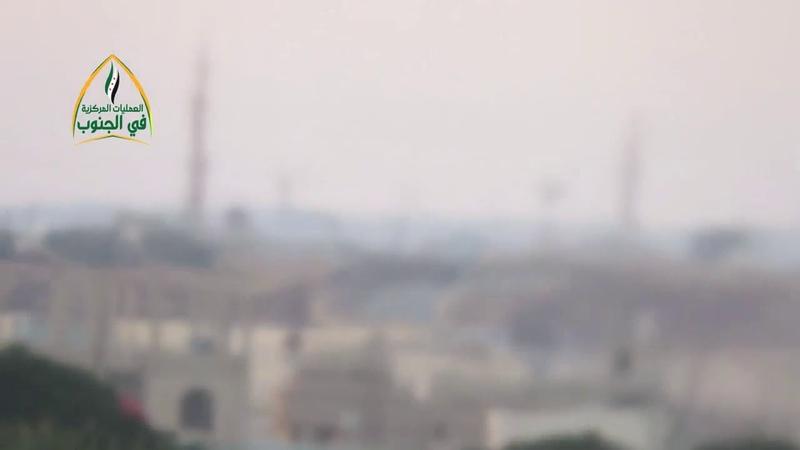 Танки режима находились под ногами моджахедов из Чарана в городе Габиб к востоку от Дараи.