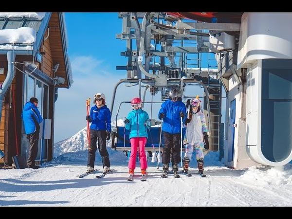 Горнолыжный курорт Газпром. Горные лыжи и сноуборд в Сочи. Обучение для детей в лагере Командор.