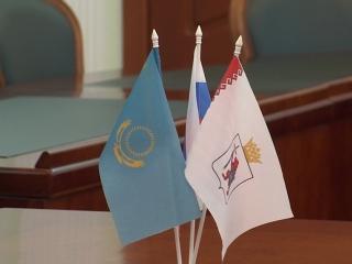 Глава Марий Эл Александр Евстифеев провел рабочую встречу с генконсулом Республики Казахстан в Казани