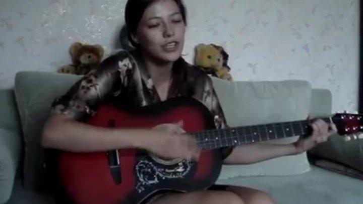 Когда она поёт эту песню все замирают в восхищении