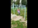 Полина прыгает а у мамы сердце замирает