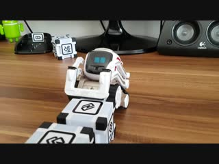 ANKI COZMO в восторге l COZMO so excited l COZMO ist begeistert ___ More in Playlist_ https_llwww.youtube.comlwatch_v=uP06uaI8dT