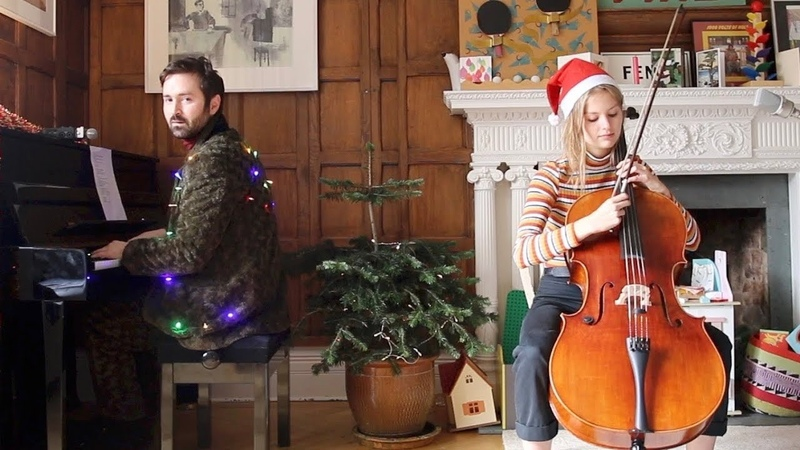 Tom Rosenthal - The Only Time I'm Home (Live Acoustic)