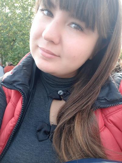 Настюша Павленко