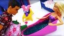 Барби отдыхает в СПА салоне. Видео для девочек