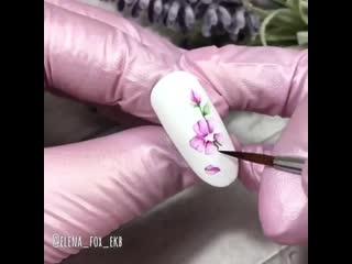 Нежная акварельная роспись на ноготках