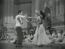 Cantinflas Bailando Cumbia