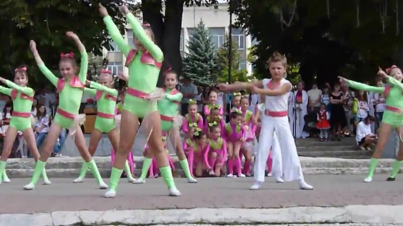 Детский танец - Фламинго.