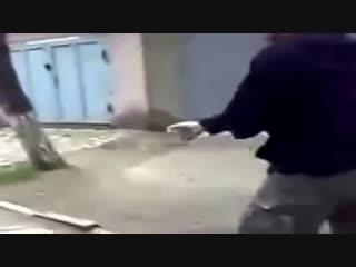 otsosala-huy-za-garazhami-video-gruppovoy-seks-v-sportzale-onlayn