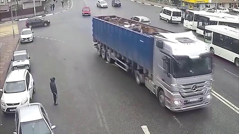 RUSYA ARAÇ KAMERASI KAZA KAYITLARI 13 (World Worst Drivers on Cars 2018 Russian Roads)